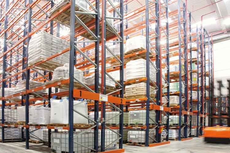 What is double deep pallet racking
