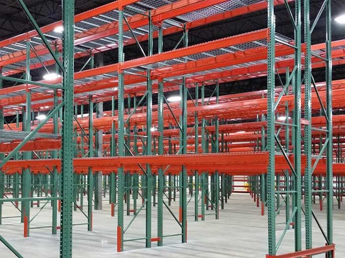 What kind of handling equipment is suitable for high steel storage racking system