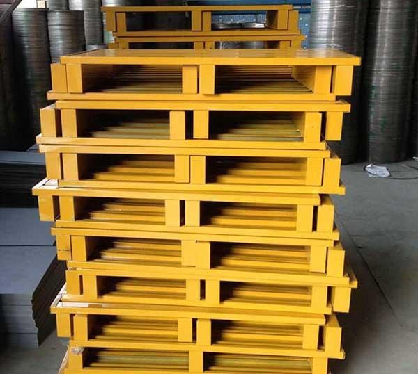 What is Steel Storage Pallets