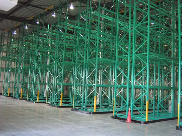 Which is the advantage of narrow aisle shelf or pallet rack