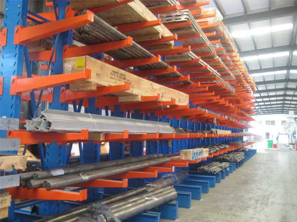 How to use cantilever steel pallet racking
