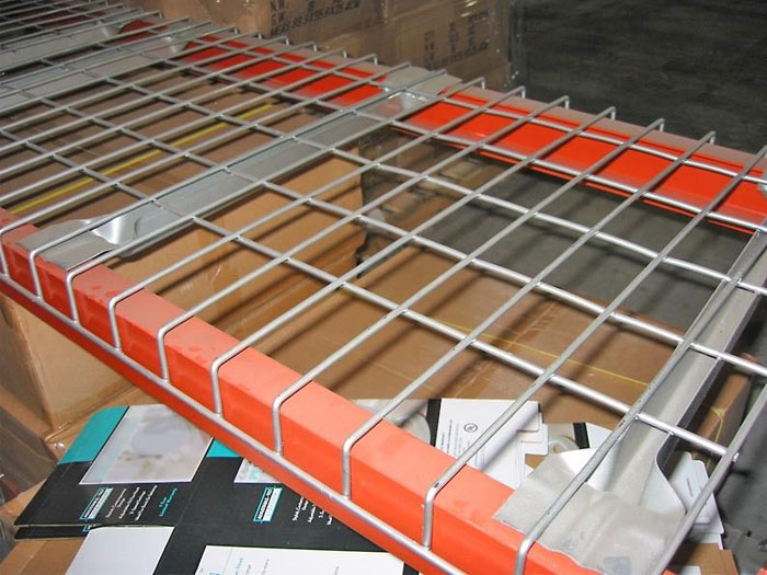 Spieth welded wire mesh decking panels pallet racking